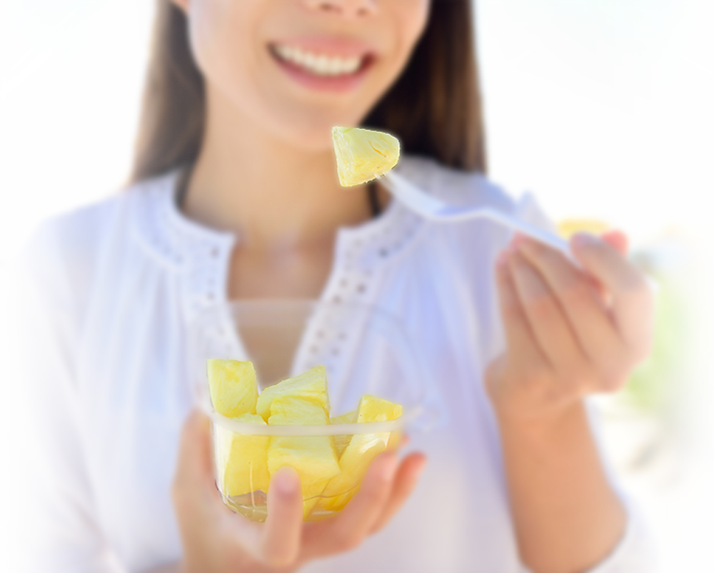 Eating-Pineapple-Blur-Final